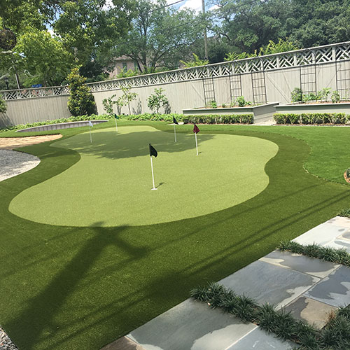 SYNLawn Golf course in backyard