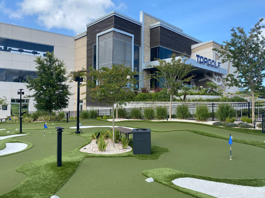 commercial putting green installation